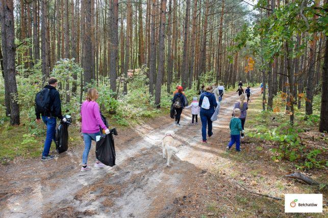 """Bełchatowski las """"lżejszy"""" o prawie 350 kg [FOTO] - Zdjęcie główne"""