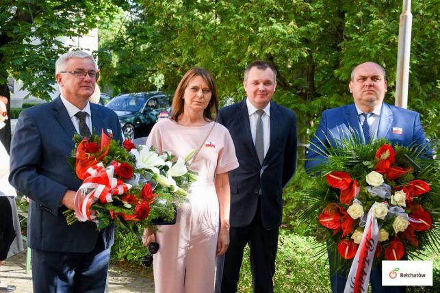 Prezydent Bełchatowa zaśpiewa razem z mieszkańcami. Oddadzą hołd powstańcom  - Zdjęcie główne