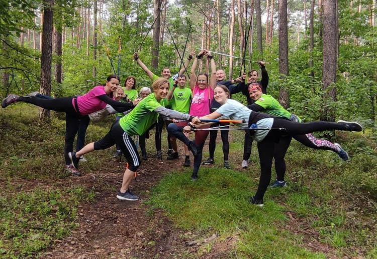 Wspólny trening, zabawa i ognisko. Impreza w stylu Nordic Walking zawita do Bełchatowa - Zdjęcie główne