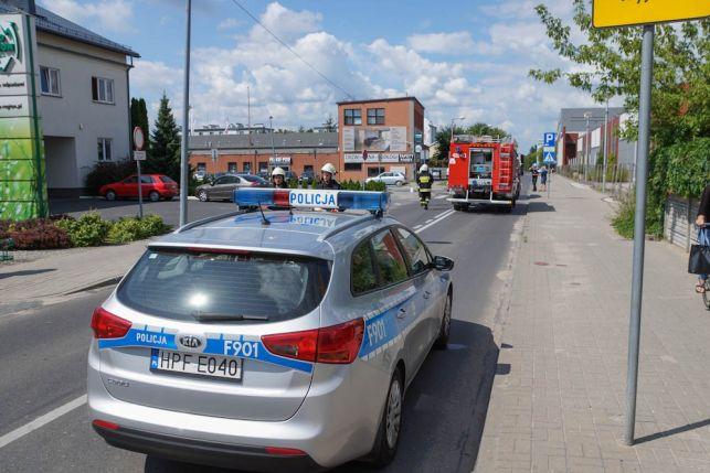 Wypadek w centrum Bełchatowa. Wszystkie służby na miejscu [FOTO] - Zdjęcie główne