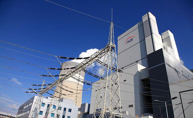 Wyłączą blok nr 14 Elektrowni Bełchatów. Czy pożar może spowodować braki energii w systemie? - Zdjęcie główne