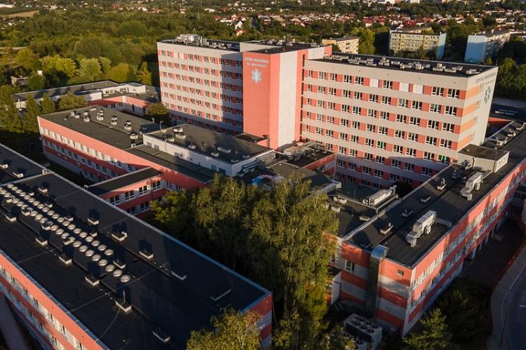 Ważą się losy strajku w bełchatowskim szpitalu. Pracownicy chcą więcej zarabiać  - Zdjęcie główne