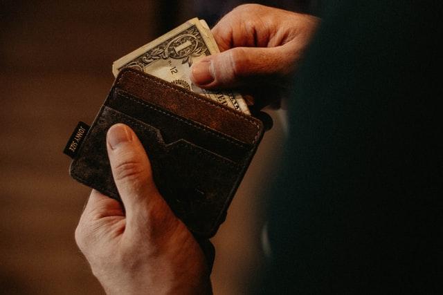 Pożyczki chwilówki na dowód — co należy wiedzieć? - Zdjęcie główne