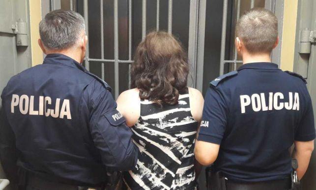 Żeński duet złapany na kradzieży w Bełchatowie - Zdjęcie główne