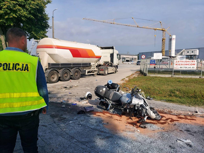 Policjant ciężko ranny podczas służby. Funkcjonariusze z Bełchatowa proszą o pomoc - Zdjęcie główne