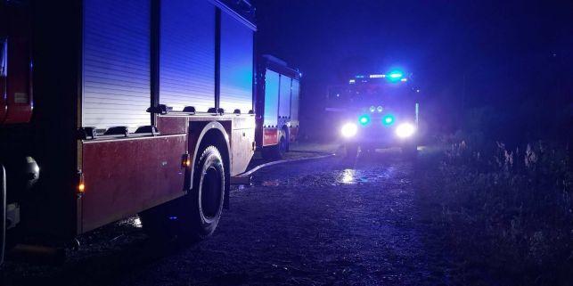 Pożar w Drużbicach. Z dymem poszło prawie pół miliona złotych - Zdjęcie główne