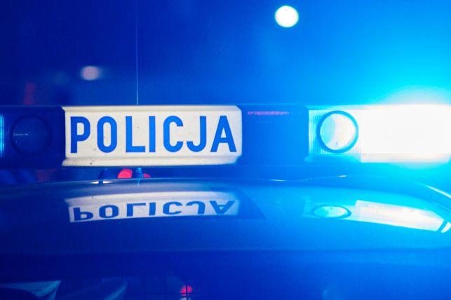 Czarny bus potrącił 13-latkę na ul.Czyżewskiego i uciekł.  Policja szuka świadków zdarzenia - Zdjęcie główne