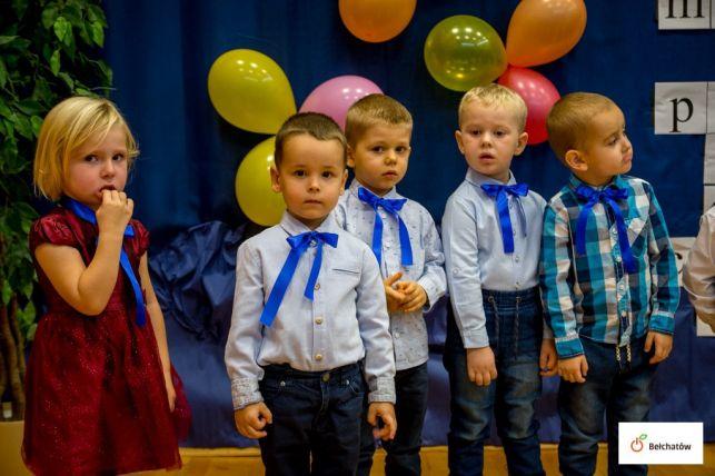 Przedszkolaki w patriotycznych nastrojach [FOTO] - Zdjęcie główne