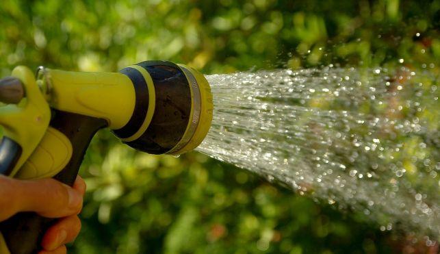 Zaczyna brakować wody.  Urzędnicy z apelem do mieszkańców  - Zdjęcie główne