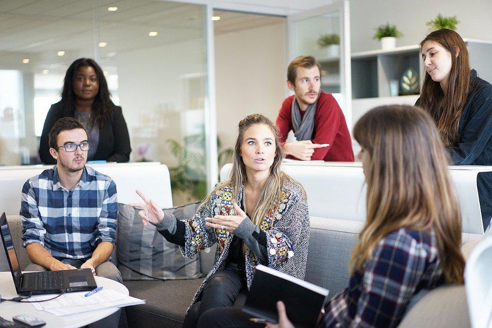 Jak w Warszawie można znaleźć pracowników z Ukrainy do firm? - Zdjęcie główne