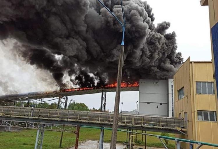 Co dalej z blokiem 858 MW po pożarze w elektrowni? PGE GiEK: musi zostać spełniony warunek - Zdjęcie główne
