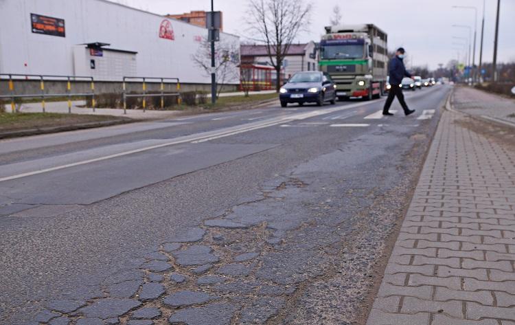 Miasto w wakacje planuje ''lifting'' jednej z głównych ulic w Bełchatowie. Utrudnienia potrwają dwa tygodnie - Zdjęcie główne