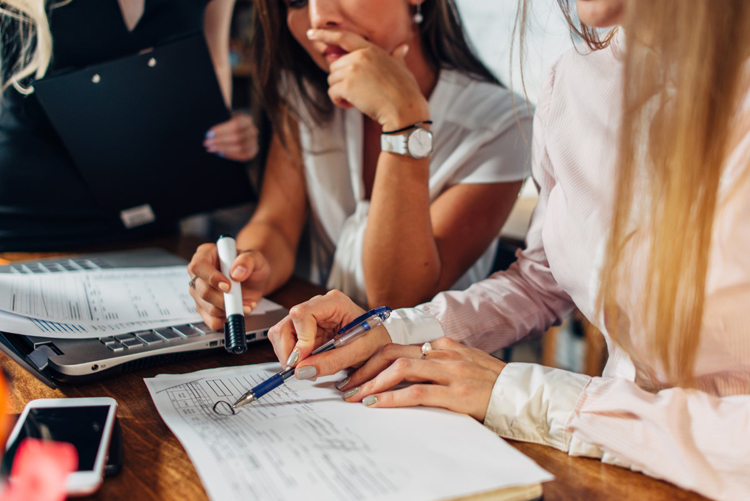 Umowa o pracę - jakie są podstawowe obowiązki pracodawcy? - Zdjęcie główne