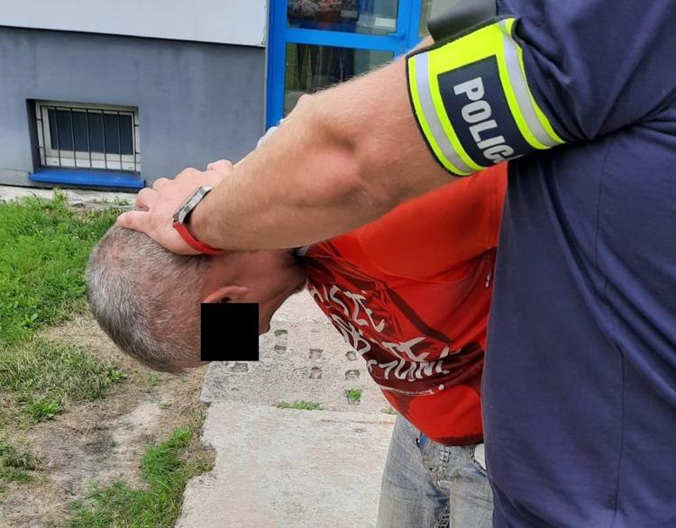 Jak wyglądało zatrzymanie Tomasza T.? Bełchatowska policja zdradza szczegóły - Zdjęcie główne