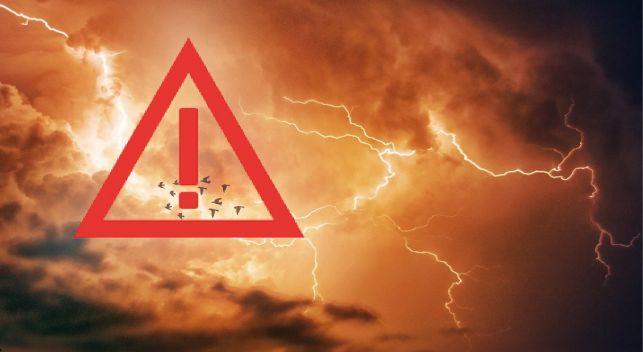 Znów nadchodzą burze. Rządowe Centrum Bezpieczeństwa rozsyła alert! - Zdjęcie główne