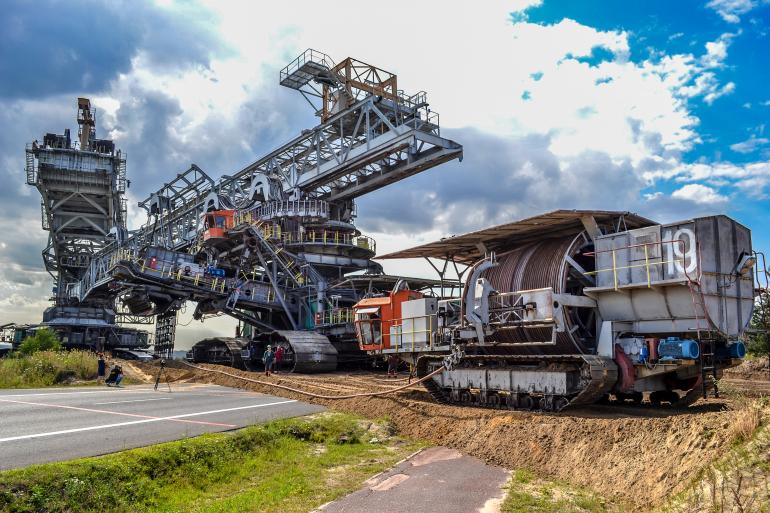 Ogromne zainteresowanie pracą w kopalni. Tylu chętnych raczej się nie spodziewano... - Zdjęcie główne