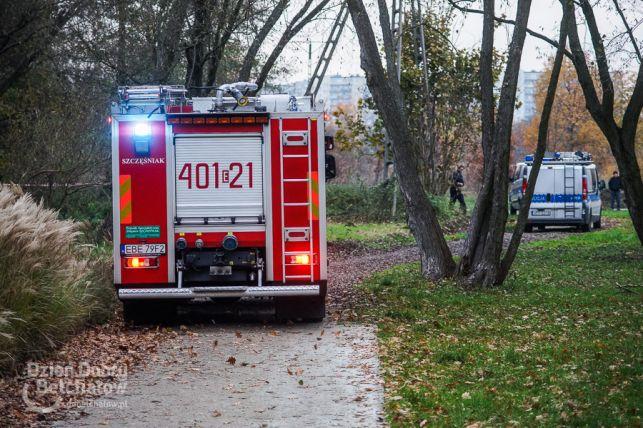 [NOWE FAKTY] Zidentyfikowano zwłoki wyłowione z Rakówki. To poszukiwana mieszkanka Bełchatowa - Zdjęcie główne