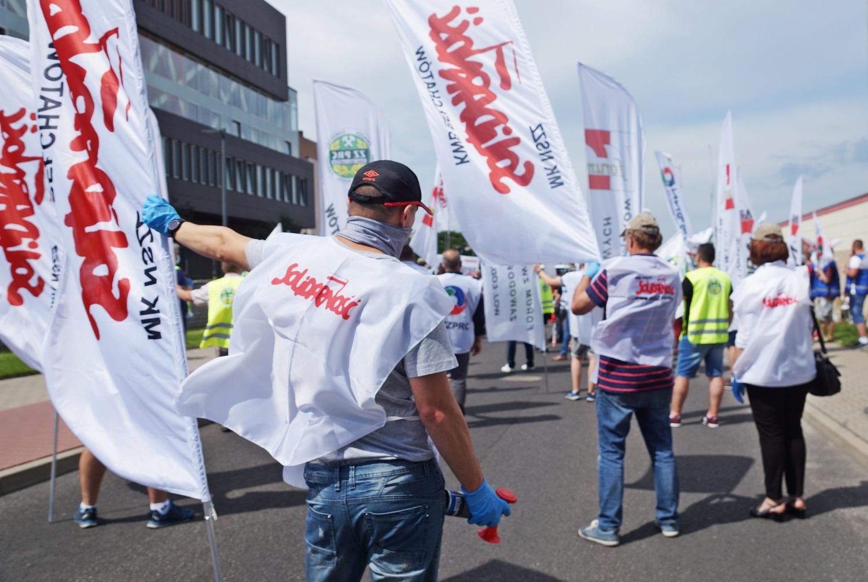 Zakończyło się referendum strajkowe w KWB Bełchatów. Co dalej w sporze górników i energetyków z PGE? - Zdjęcie główne