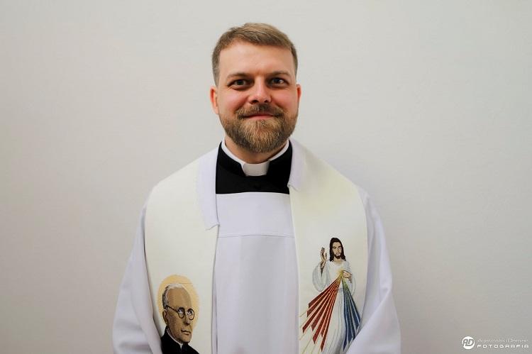 Bełchatowska parafia ma nowego księdza. ''Ostatnio służył w misji na Alasce'' - Zdjęcie główne