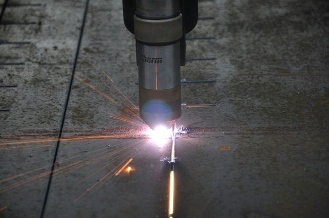 Maszyny CNC – sprawdzą się przy cięciu plazmowym? - Zdjęcie główne