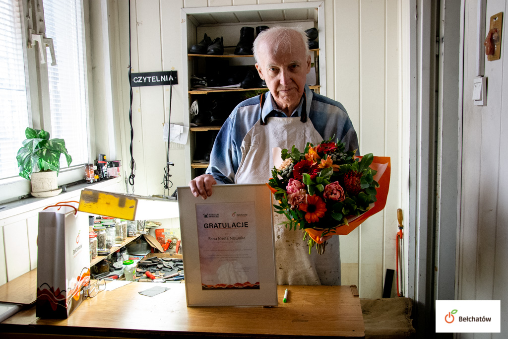 W swoim zawodzie w Bełchatowie pracuje już... 70 lat. Józef Nowak obchodził niezwykły jubileusz!  - Zdjęcie główne