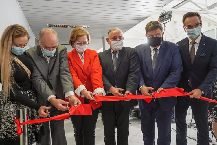 PGE otworzyła centrum szkoleń obok elektrowni.  Ruszyła ''szkoła zawodów przyszłości'' w Rogowcu [FOTO] - Zdjęcie główne