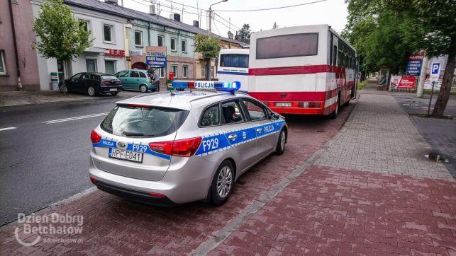 """Kierowca autobusu na """"podwójnym gazie"""" ujęty na ul. Piłsudskiego - Zdjęcie główne"""