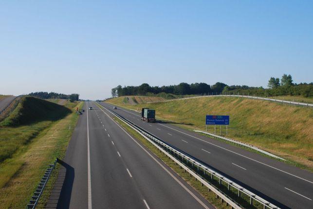 Uwaga kierowcy! Wyburzają wiadukty. Tą drogą do Łodzi nie dojedziemy... - Zdjęcie główne