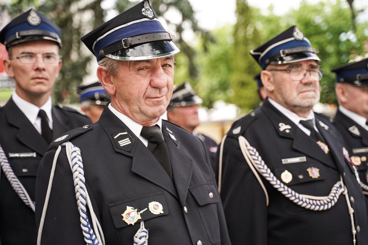 Strażacy OSP Bełchatów świętowali jubileusz. Druhowie nagrodzeni medalami [FOTO] - Zdjęcie główne