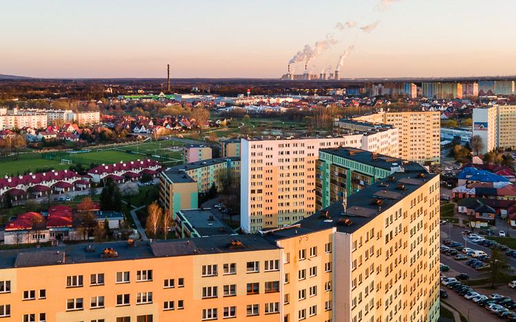 Ruszy budowa ważnej drogi w centrum Bełchatowa. Czy ''skrót'' na Okrzei zlikwiduje korki? - Zdjęcie główne
