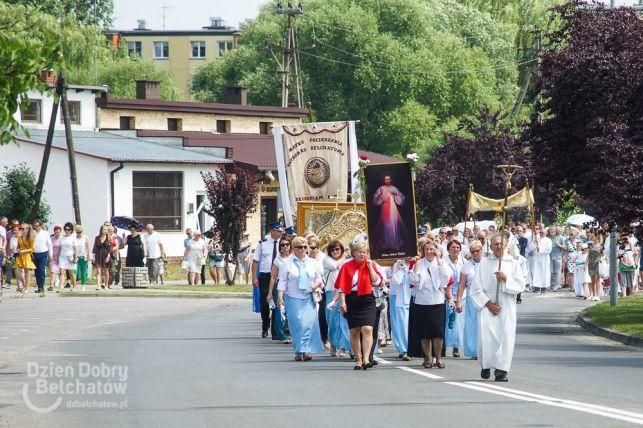 Boże Ciało 2019. Procesja w parafii pw. Narodzenia NMP w Bełchatowie [FOTO] - Zdjęcie główne