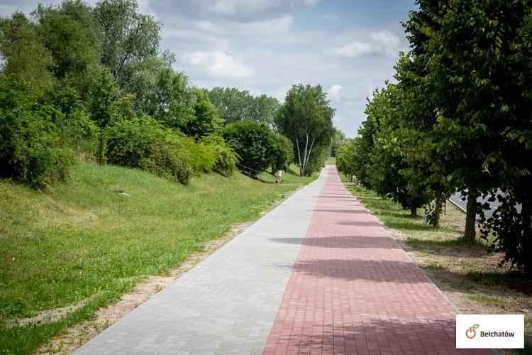 Remontują chodniki i uliczki w Bełchatowie. Gdzie zakończono już prace? - Zdjęcie główne