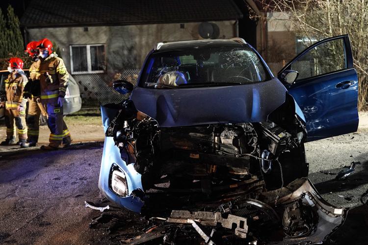 Zbadali krew kierowcy z wypadku w Kurnosie. Ze szpitala trafił do policyjnego aresztu  - Zdjęcie główne
