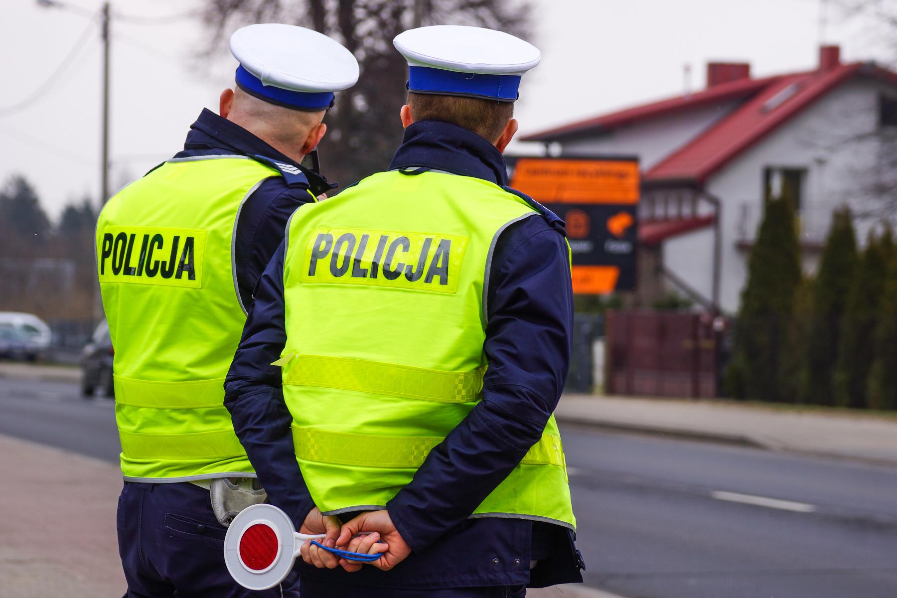 Świąteczna akcja bełchatowskiej policji i masowe kontrole kierowców.  Ilu z nich wsiadło za kółko po alkoholu? - Zdjęcie główne