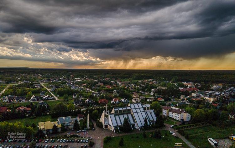 Uwaga na burze i ulewny deszcz! Wydano ostrzeżenia dla Bełchatowa i regionu - Zdjęcie główne