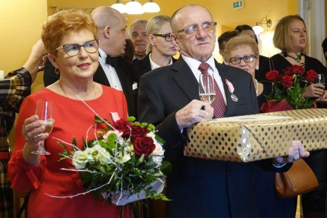Małżeństwa z gminy Bełchatów odznaczone medalami Prezydenta RP [FOTO] - Zdjęcie główne