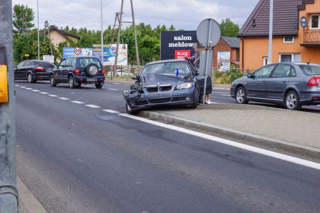 Bmw kontra volkswagen. Kolizja na Zamościu [FOTO] - Zdjęcie główne