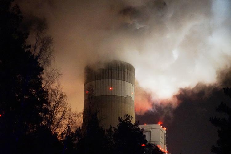 Poważna awaria! Stanęło 10 bloków Elektrowni Bełchatów. Szeroki strumień prądu z zagranicy - Zdjęcie główne
