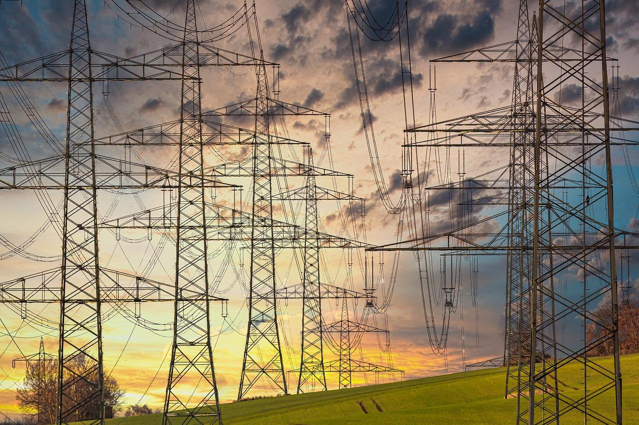 Będą kolejne wyłączenia prądu w Bełchatowie i okolicach. Gdzie i kiedy nie będzie energii?  - Zdjęcie główne