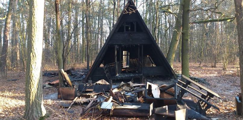 Pożar domków letniskowych w Miałkówku. To było podpalenie? - Zdjęcie główne