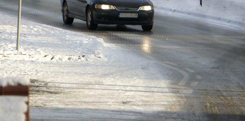 Uwaga kierowco! Zbliża się gołoledź, zdejmij nogę z gazu - Zdjęcie główne