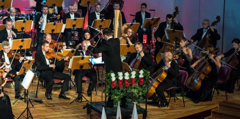 Za nami magiczny koncert Płockiej Orkiestry Symfonicznej - Zdjęcie główne