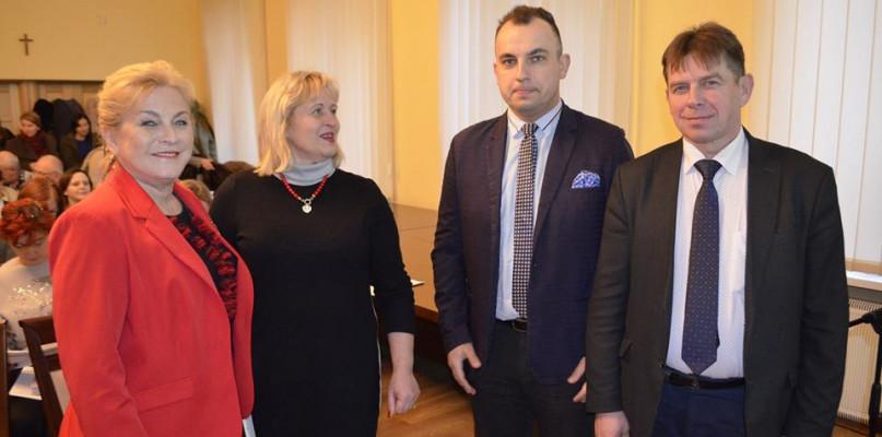 Władze powiatu spotkały się z organizacjami pozarządowymi - Zdjęcie główne
