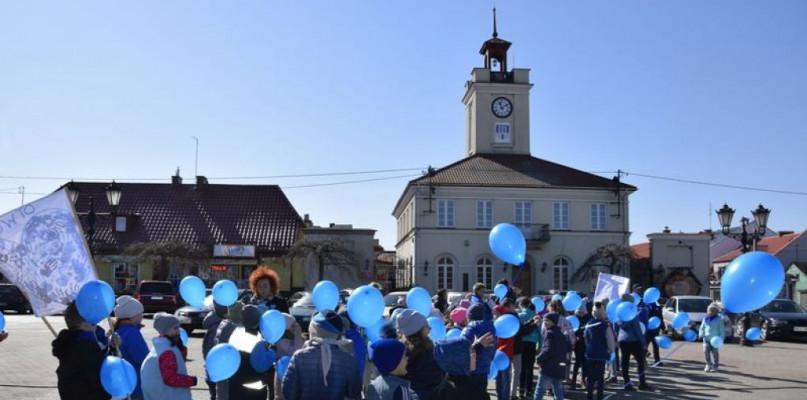 Światowy Dzień Świadomości Autyzmu w Gostyninie - Zdjęcie główne