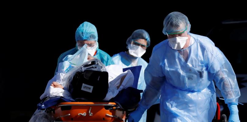 Koronawirus: Kolejne zakażenia i śmierć na oddziale - Zdjęcie główne