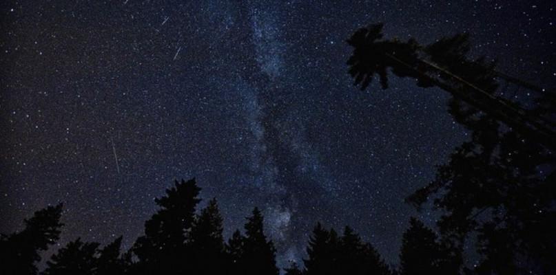 Już w ten weekend spadnie deszcz meteorów - Zdjęcie główne
