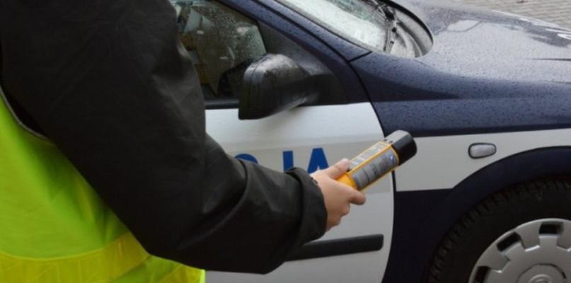 Obywatelskie zatrzymanie: Dwa promile i kolizja - Zdjęcie główne