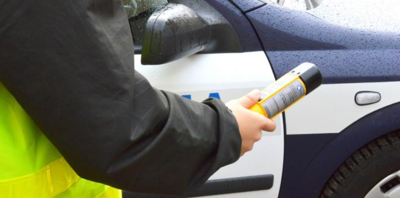 Pijany bez uprawnień jechał autem bez przeglądu - Zdjęcie główne