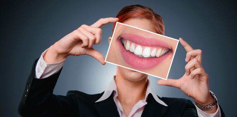 Ortodonta w Warszawie – jak znaleźć ortodontę - Zdjęcie główne