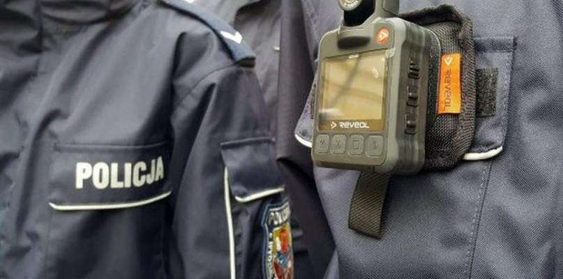 Policyjne interwencje bez tajemnic: kamery wyszły na ulice - Zdjęcie główne